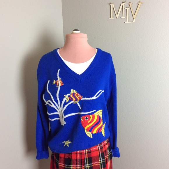 AUTHENTIC VINTAGE Sweaters - VTG 70s CHENILLE EMBROIDERY FISH & FAUNA SWEATER